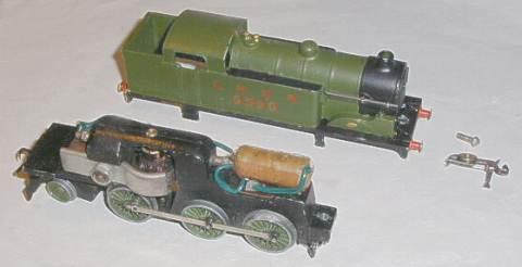 Model rail track pins justaret